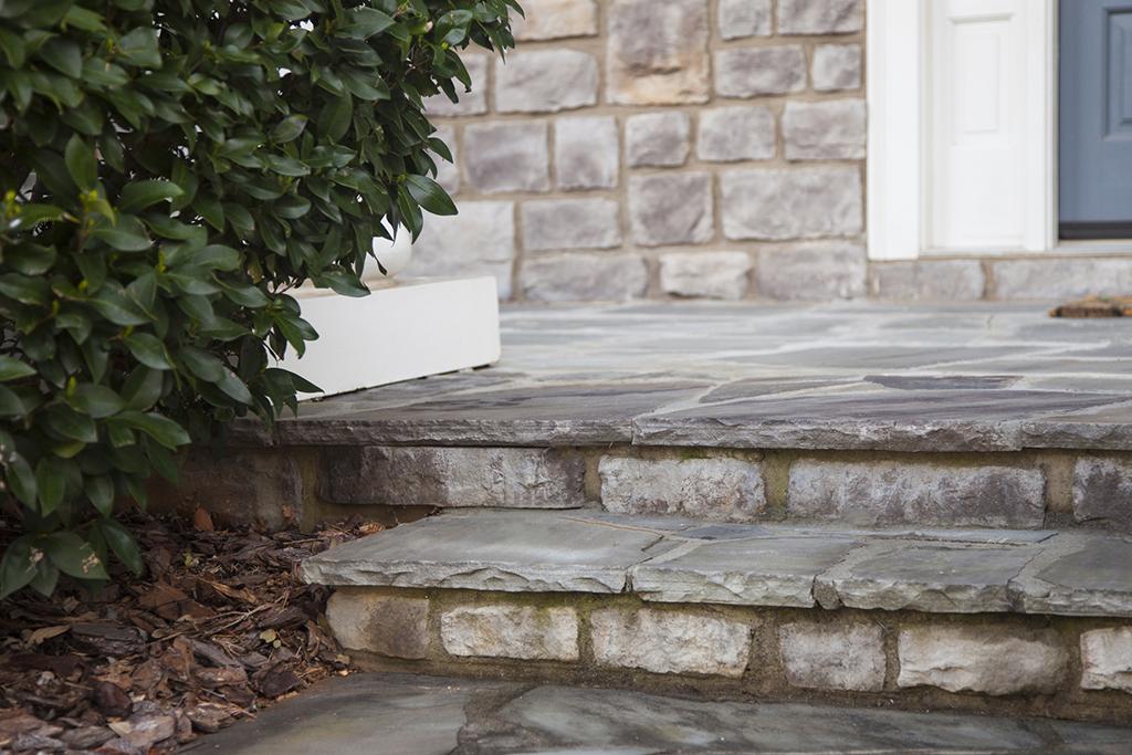 Design Center - Outdoor - Stones Steps Shallow DOF
