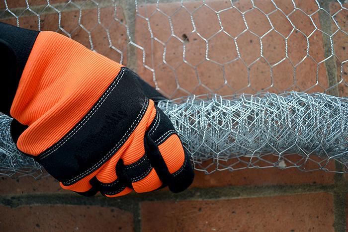 6 gloves